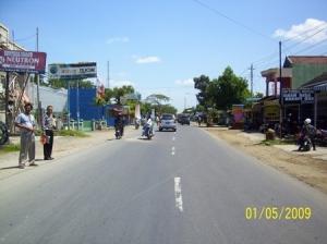 TKP Laka Lantas tgl 1 Mei 2009 di Ds. Wero Kec. Gombong Kab. Kebumen Km 18 - 19 Kebumen-Banyumas