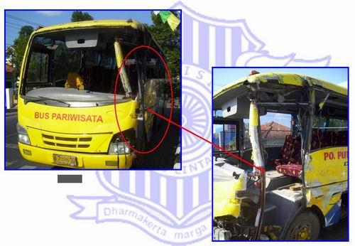 Kondisi Mikro Bus setelah kecelakaan